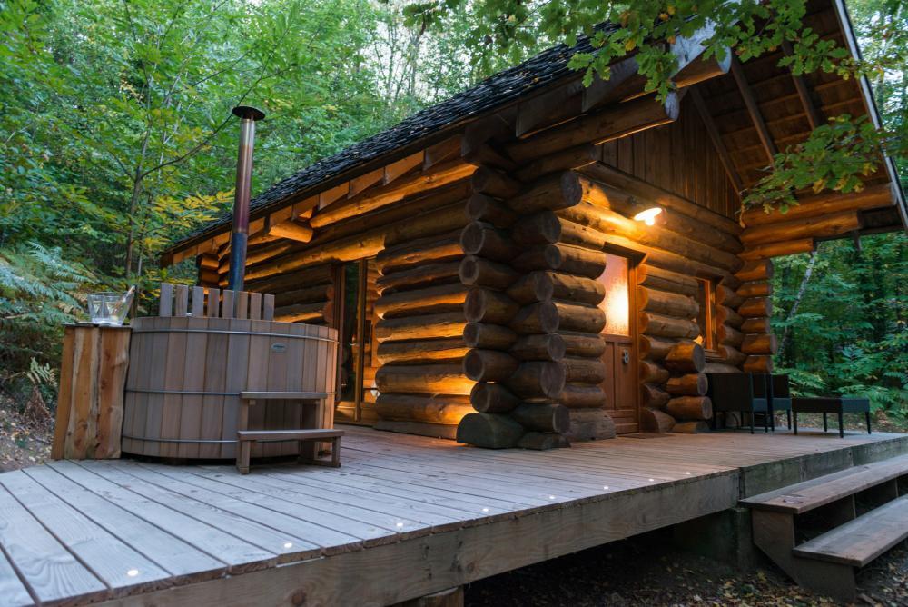 cabane spa prestige chalet spa de prestige moulin de la. Black Bedroom Furniture Sets. Home Design Ideas